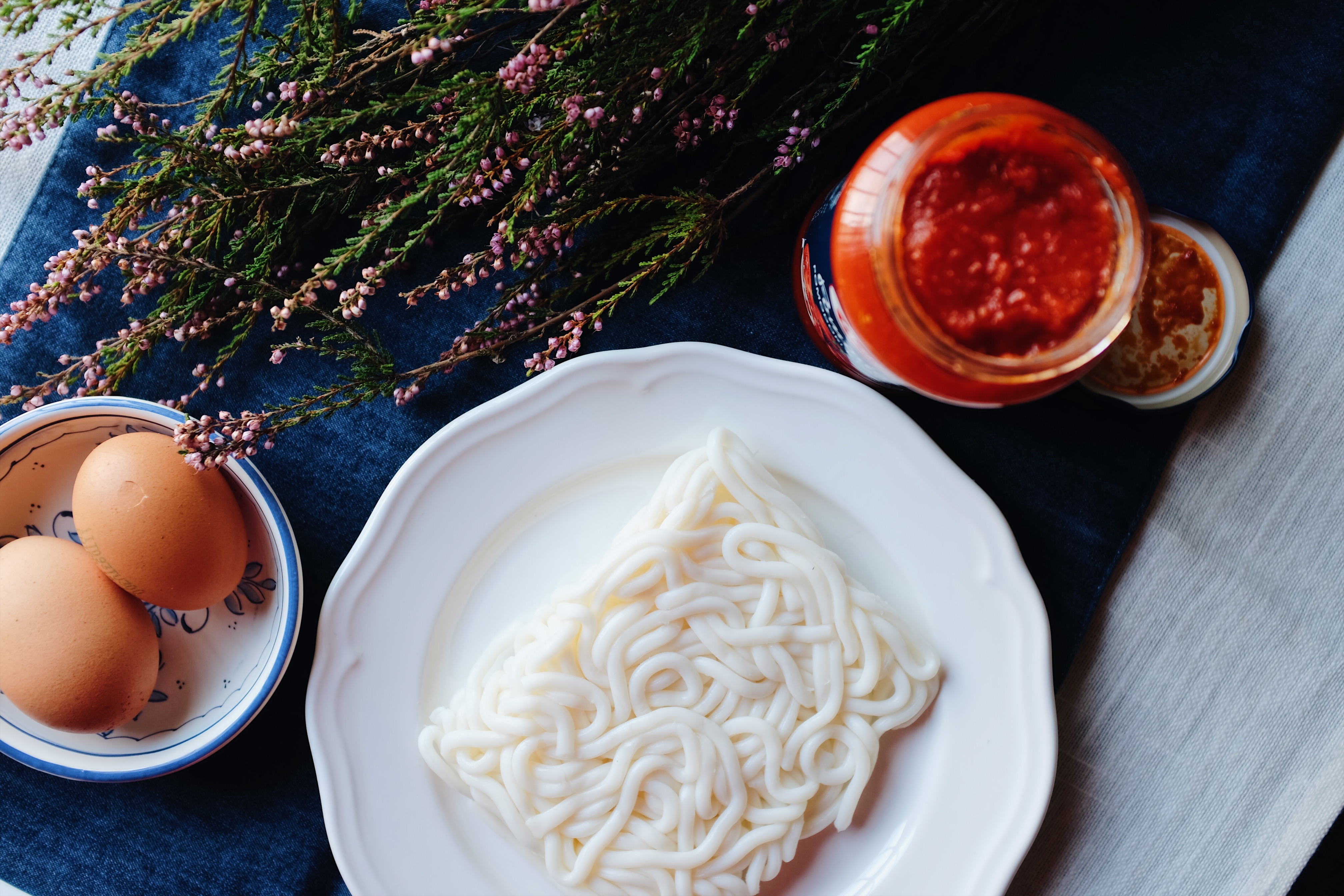 tomato scramble egg pasta