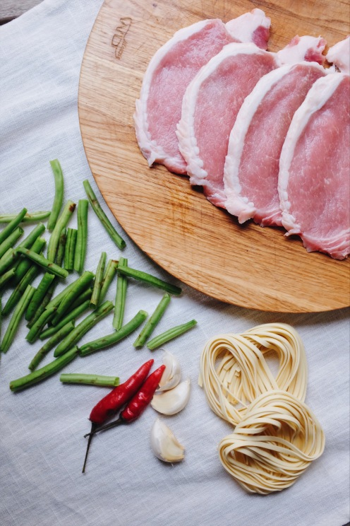 braised noodles with green beans