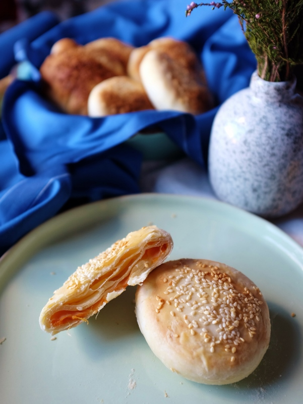 puff pastry with yam 番薯酥饼