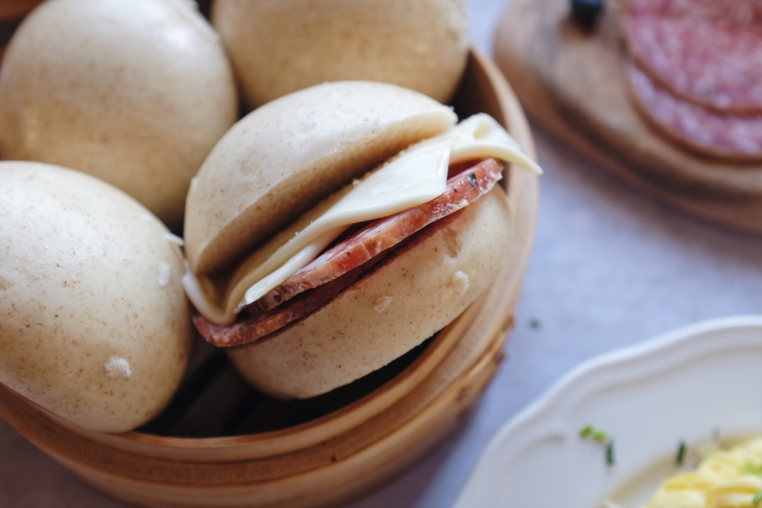 Chinese steamed bun bread 发面馒头